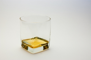 1254218_glass_of_whiskey