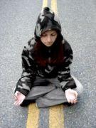 meditating-598145-m